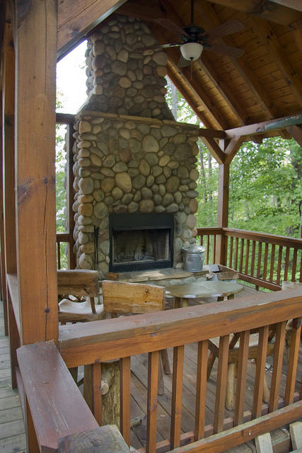 Outdoor fireplace © Holly Hildreth 2011